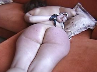 Amateur big ass housewife roped and whipped...