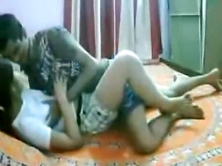 Savoury Indian girlfriend gets drilled on the...